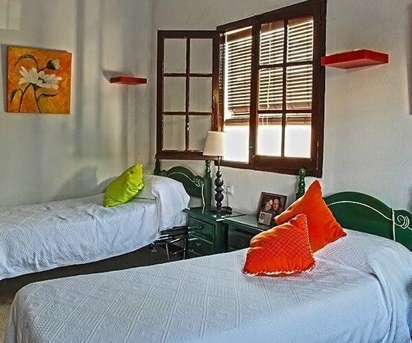 habitaciones Residencia Aurora en Sevilla