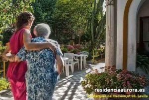 Atención personalizada desde la Residencia en Sevilla Aurora