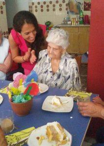 Celebraciones de cumpleaños en la Residencia Aurora en Sevilla