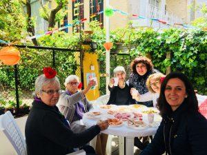 Celebración de la Feria de Abril de Sevilla en la Residencia Aurora