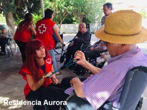 Visita Cruz Roja a la Residencia Aurora para mayores en Nervión Sevilla