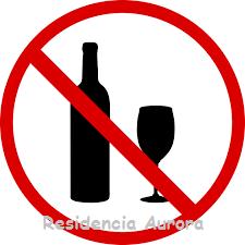 Prohibido alcohol en la Residencia Aurora en Sevilla