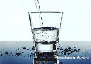 Hidratación en la Residencia Aurora en Sevilla
